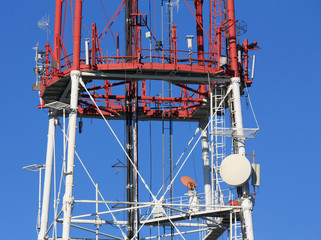 Antenna on the mast