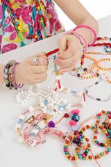 fillette fabricant bijoux