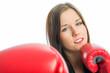 Mädchen mit Boxhandschuhen