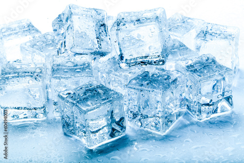 fresh ice cubes - 60494003