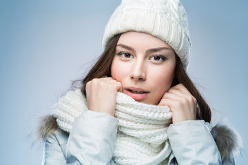 Face girl in winter hat