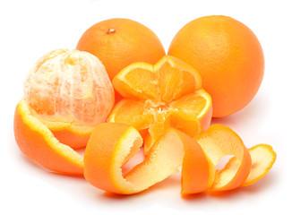 Ripe oranges and slices