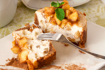 Apple cheesecake section