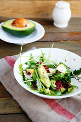 crispy salad with fresh avocado