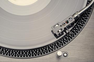 Plattenspieler mit Schallplatte
