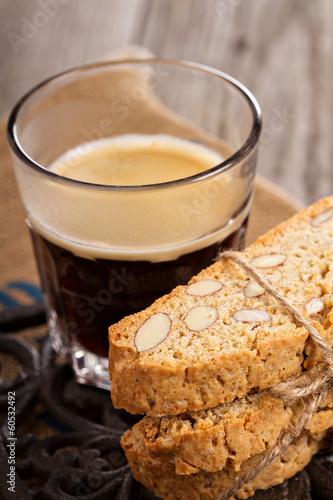 Wholewheat biscotti with coffee