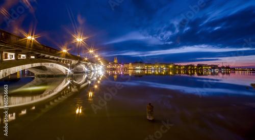 Papiers peints Pont Romantic city Bayonne at night