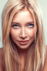 glamour beauty portrait young fashion woman with long blond hair