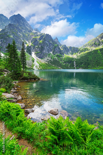 Fotobehang Bergen Eye of the Sea lake in Tatra mountains, Poland