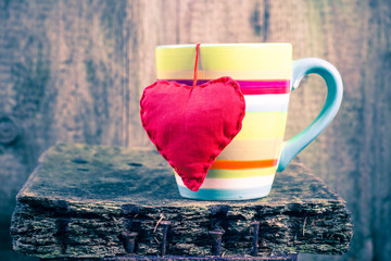 heart hung colored cup