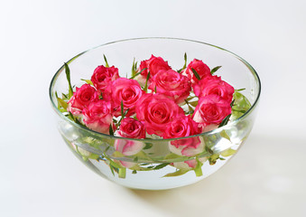 Glass bowl with roses