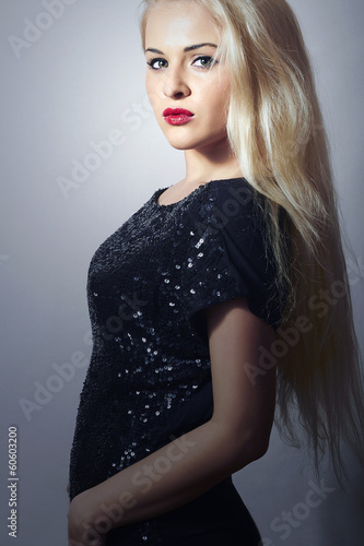 Beautiful Blond Woman with Red Lips. Beauty Sexy Girl