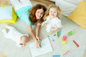 Babysitter with kids