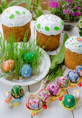 Easter cakes and easter eggs