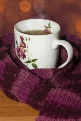 Dampfende Heiße Tasse Tee Mit Schal