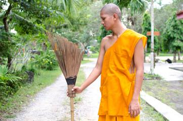 Buddhist monk, Thai monk Sweep temple.