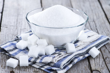 Portion of white sugar