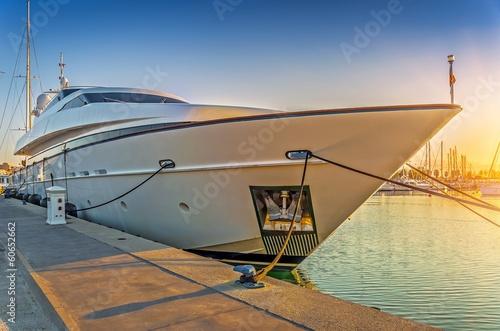 Leinwanddruck Bild Yacht de luxe.