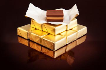 Cremini, cioccolatini dorati