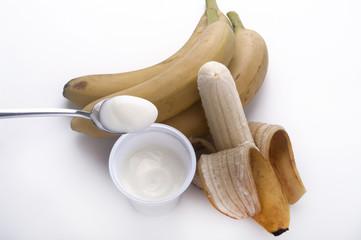 cucchiaino di yogurt alla banana
