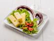 Formaggio emmental con verdure