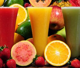 Strawberry, orange and kiwi juices