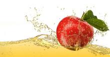 """Постер, картина, фотообои """"Apple in juice"""""""