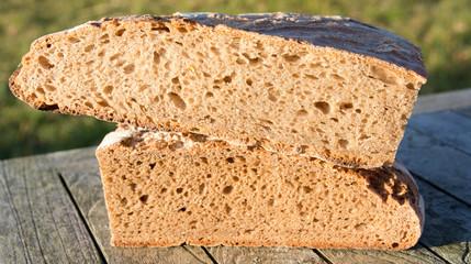 Brot-aufgeschnitten