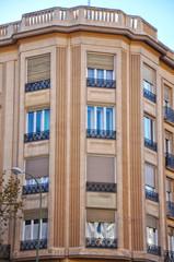 Madrid, urbanismo, inmueble con chaflán, casas madrileñas