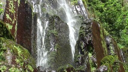 Nideck Wasserfall in den Vogesen.