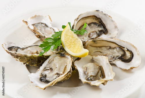 canvas print picture Fresh opened oyster