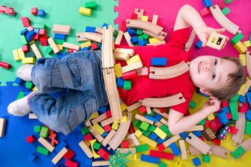 Spielen mit Bausteinen