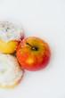 canvas print picture - Apfel im Schnee