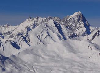 Panorama sur la Massif du Mont Blanc (depuis le Val d'Aoste)