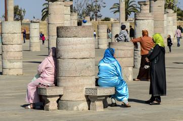 Frauen beim Ausruhen, Rabat, Marokko