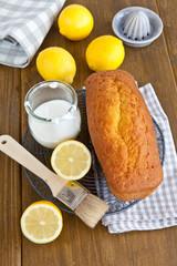 Hausgemachter Zitronenkuchen