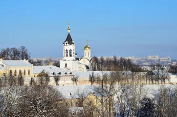 Богородице-Рождественский монастырь во Владимире зимой