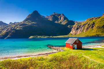 Hütte am Strand (Trollfjord, Lofoten)