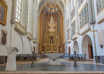 Vienna - presbytery and altar of Augustinerkirche