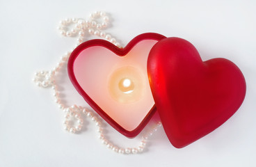 Burning Heart Candle with Pearls