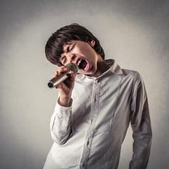 singing kid