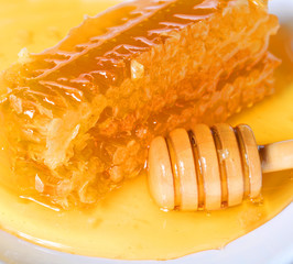 Honeycomb with Wooden Honey Dipper
