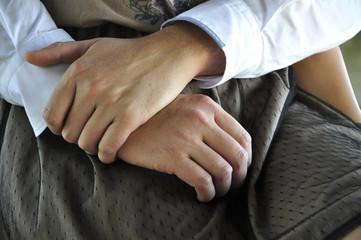 Abrazo manos