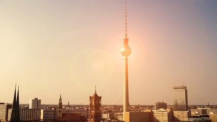 berlin panorama im sonnenlicht