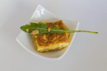 Spanish potato omelette with rocket (Tortilla de patatas)