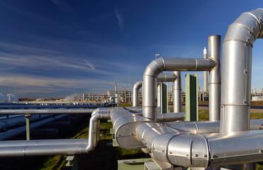 Rohrleitungen Raffinierie // pipelines in Refinery