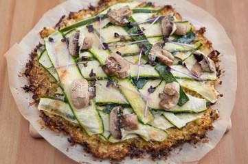 Gesunde Pizza mit Gemüse