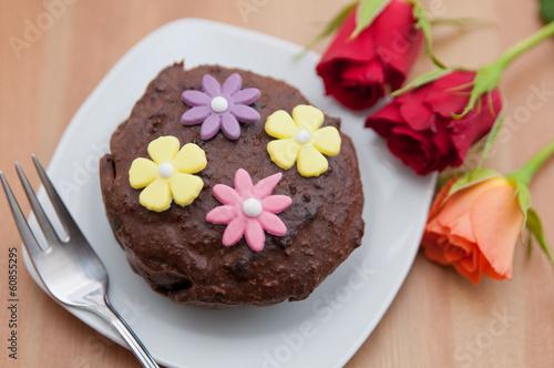 Schokoladentörtchen mit Rosen