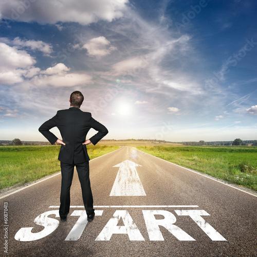 Businessman on Street / Start