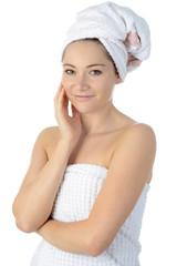 Frau mit Duschtuch und Kopfturban